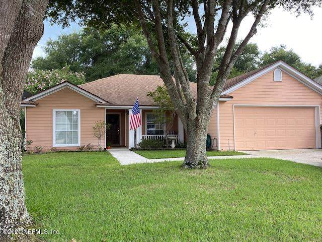 2341 Oak Point Ter, Middleburg, FL 32068 (MLS #1067015) :: Berkshire Hathaway HomeServices Chaplin Williams Realty
