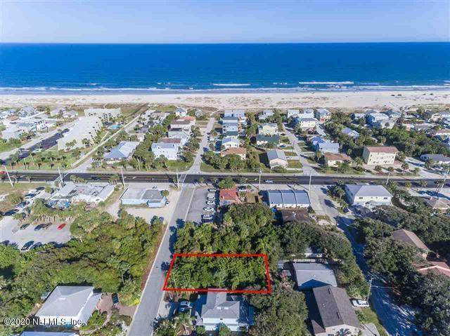105 3RD St, St Augustine, FL 32080 (MLS #1067679) :: EXIT Real Estate Gallery