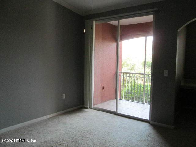 10075 Gate Pkwy - Photo 1