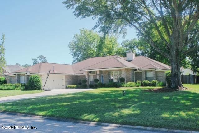12219 Reedpond Dr W, Jacksonville, FL 32223 (MLS #1073268) :: 97Park