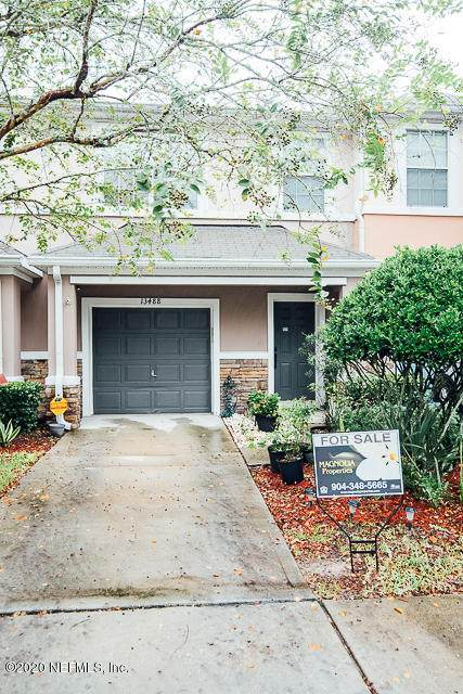13488 Gemfire Ct, Jacksonville, FL 32258 (MLS #1073637) :: The Newcomer Group