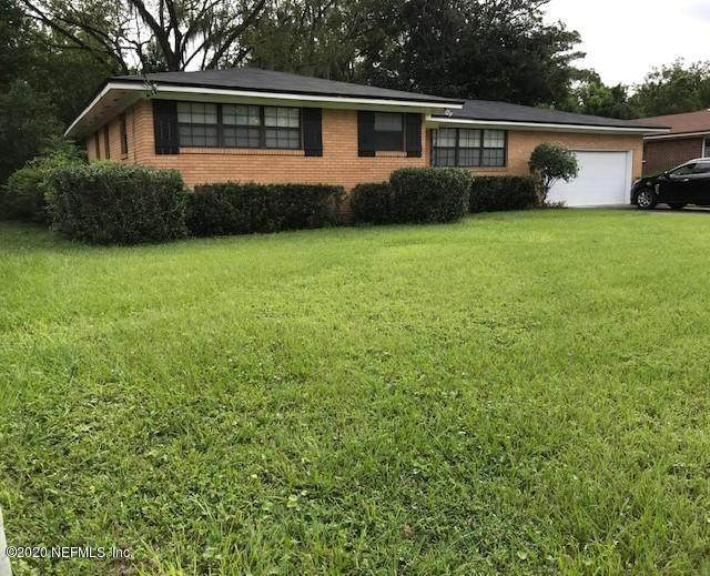 1429 Lamanto Ave E, Jacksonville, FL 32211 (MLS #1078345) :: The DJ & Lindsey Team