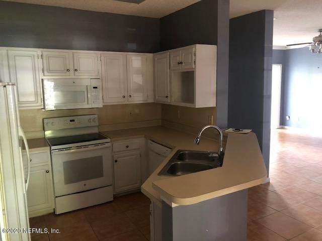 10000 Gate Pkwy #914, Jacksonville, FL 32246 (MLS #1080557) :: Berkshire Hathaway HomeServices Chaplin Williams Realty