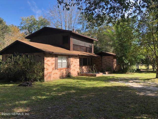 3856 Woodmere Ln, Middleburg, FL 32068 (MLS #1083525) :: The Hanley Home Team