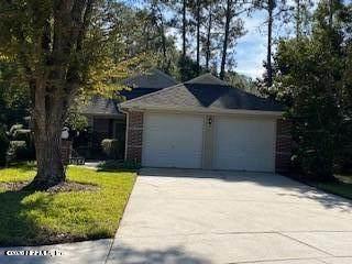 13657 Myrica Ct, Jacksonville, FL 32224 (MLS #1086115) :: The Newcomer Group