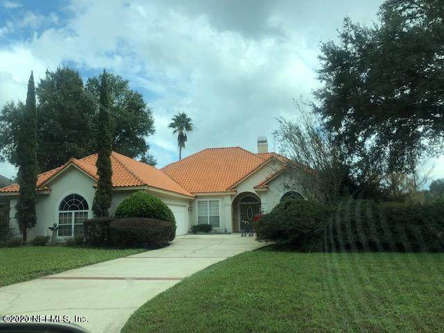 2706 Country Club Blvd, Orange Park, FL 32073 (MLS #1087812) :: The Newcomer Group