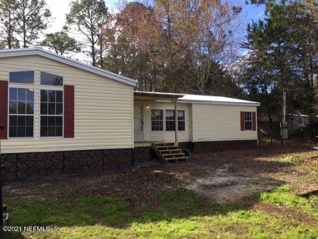 1757 Blue Jay Dr, Middleburg, FL 32068 (MLS #1090067) :: The Hanley Home Team