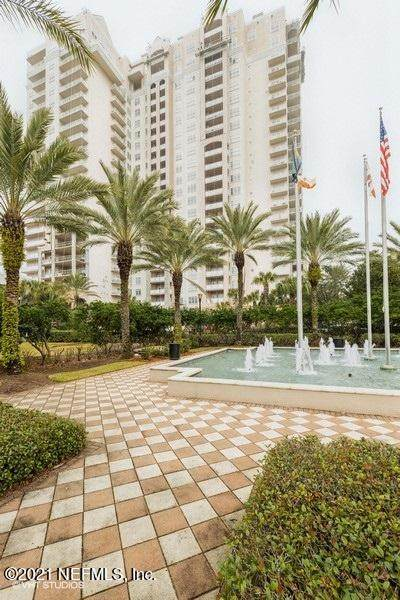 400 Bay St #1805, Jacksonville, FL 32202 (MLS #1092023) :: The Coastal Home Group