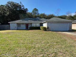 4522 Whispering Inlet Dr, Jacksonville, FL 32277 (MLS #1094437) :: The Newcomer Group
