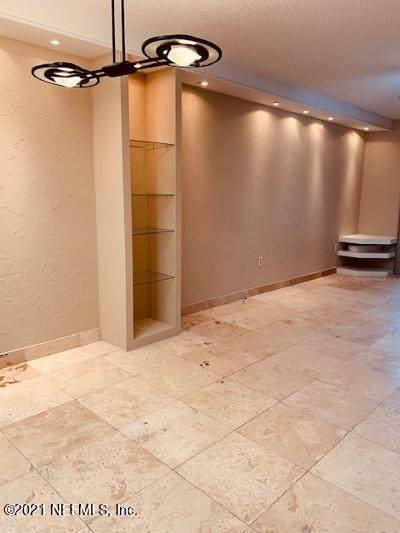 1604 Arcadia Dr #204, Jacksonville, FL 32207 (MLS #1096371) :: The Coastal Home Group