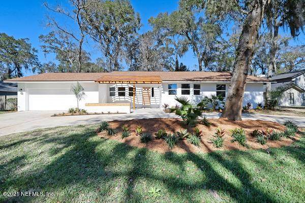 1363 Pinewood Rd, Jacksonville Beach, FL 32250 (MLS #1096483) :: The Coastal Home Group