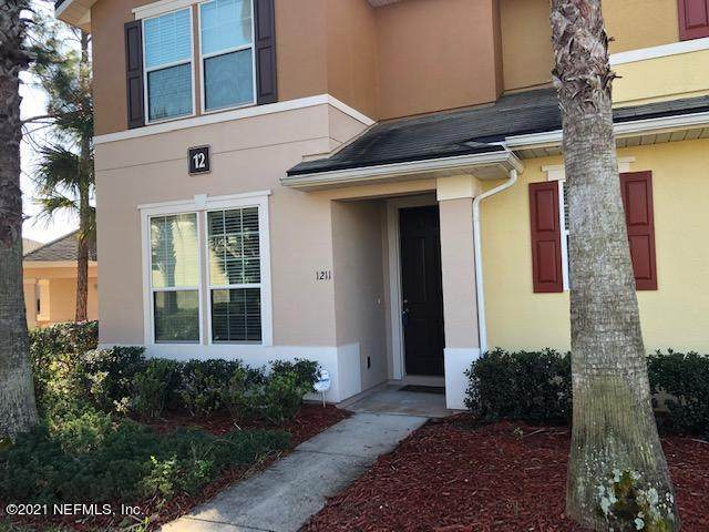 625 Oakleaf Plantation Pkwy #1211, Orange Park, FL 32065 (MLS #1098335) :: The DJ & Lindsey Team