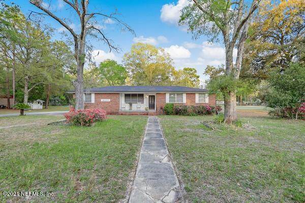 6013 Old Middleburg Rd, Jacksonville, FL 32222 (MLS #1100073) :: CrossView Realty