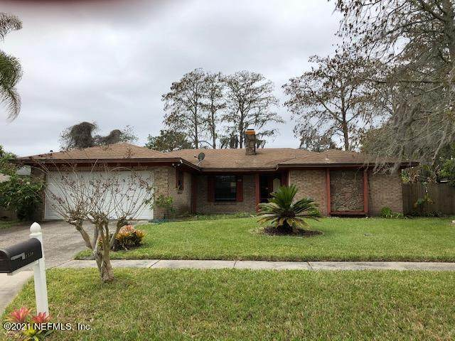 1550 Windhaven Dr E, Jacksonville, FL 32225 (MLS #1100877) :: The Hanley Home Team