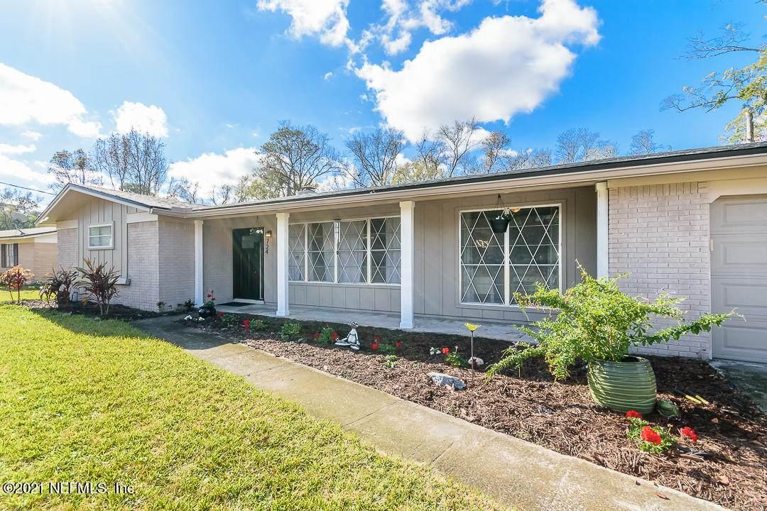 724 Estates Cove Rd - Photo 1