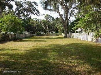 966 Pioneer Dr, Jacksonville, FL 32233 (MLS #1103727) :: The Coastal Home Group