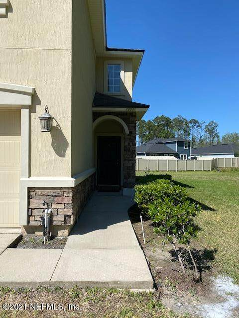 12235 Caney Marsh Ct, Jacksonville, FL 32218 (MLS #1104633) :: The Coastal Home Group