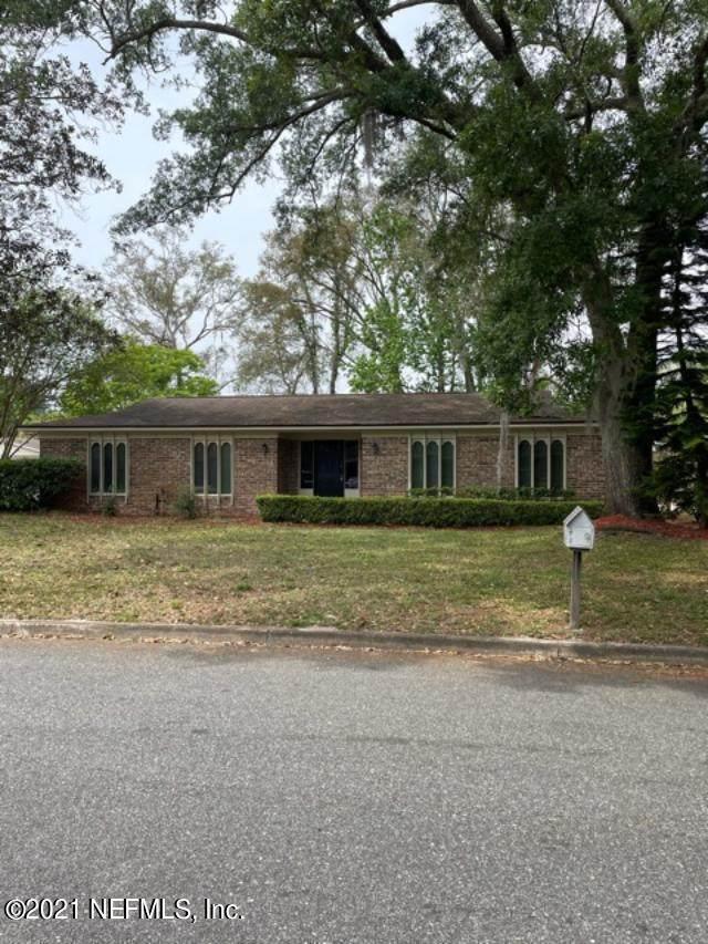 2437 Aquarius Rd, Orange Park, FL 32073 (MLS #1104652) :: The Hanley Home Team