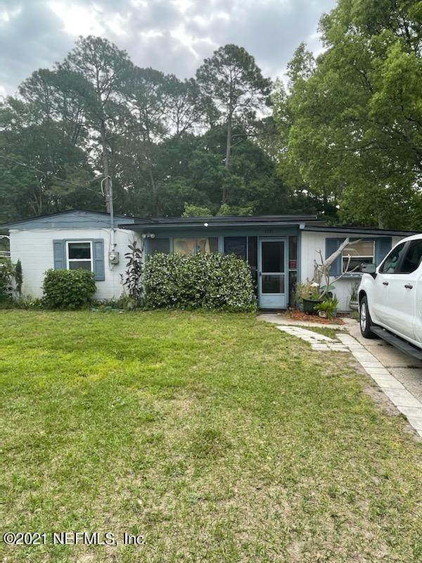 3721 Eve Dr E, Jacksonville, FL 32246 (MLS #1106666) :: EXIT Inspired Real Estate