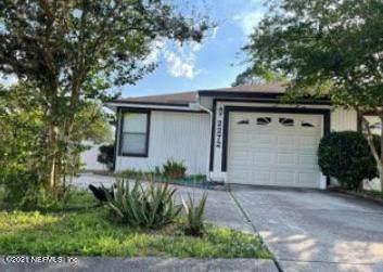 2272 Ironstone Dr E, Jacksonville, FL 32246 (MLS #1108169) :: The Hanley Home Team