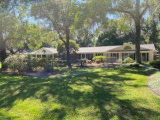 4221 Clearwater Ln, Jacksonville, FL 32223 (MLS #1109142) :: Ponte Vedra Club Realty