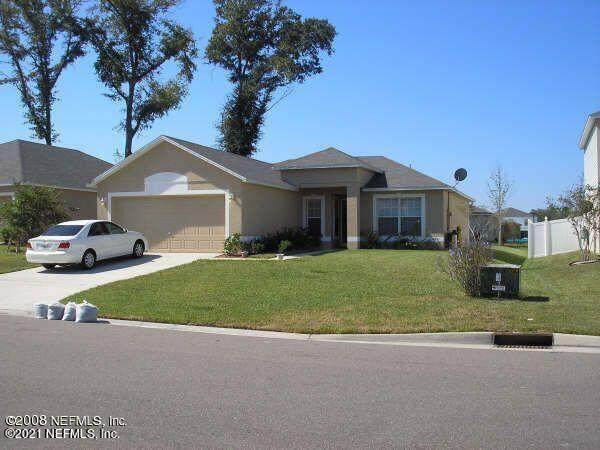 9412 Thorn Glen Rd, Jacksonville, FL 32208 (MLS #1109276) :: The Impact Group with Momentum Realty