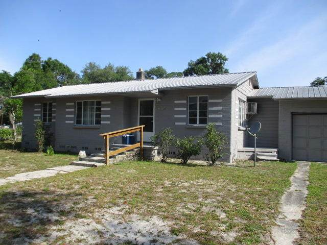 21634 NW 68TH Ln, Hawthorne, FL 32640 (MLS #1109786) :: Berkshire Hathaway HomeServices Chaplin Williams Realty