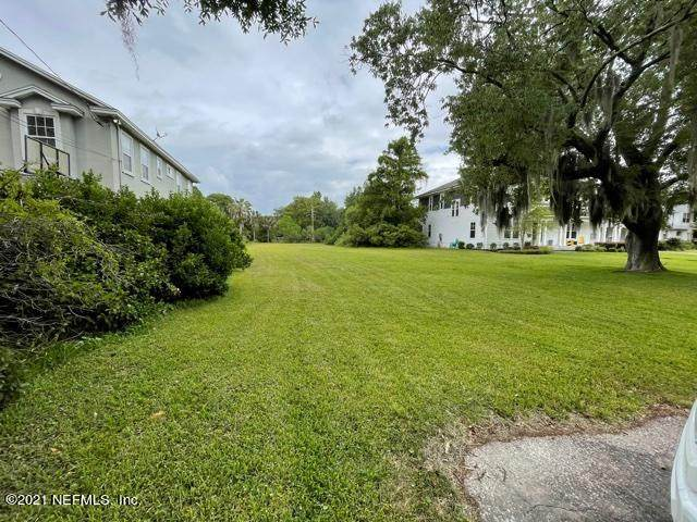 3900 Dupont Cir, Jacksonville, FL 32205 (MLS #1111371) :: Berkshire Hathaway HomeServices Chaplin Williams Realty