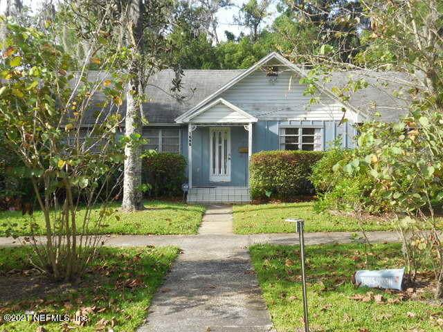 1505 Carr St, Palatka, FL 32177 (MLS #1111694) :: The Volen Group, Keller Williams Luxury International