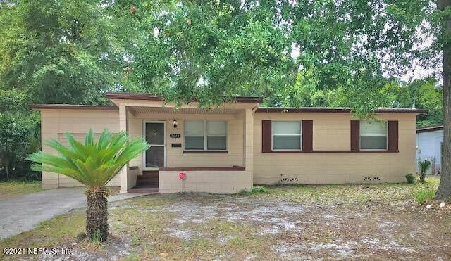 2644 Townsend Blvd, Jacksonville, FL 32211 (MLS #1112999) :: Keller Williams Realty Atlantic Partners St. Augustine