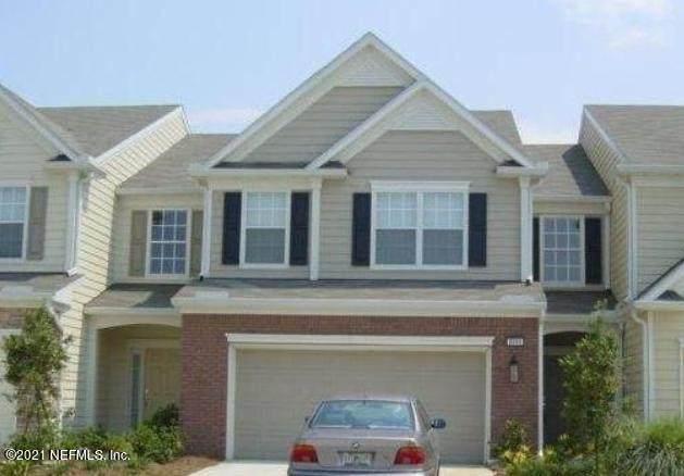 3859 Lionheart Dr, Jacksonville, FL 32216 (MLS #1113055) :: Berkshire Hathaway HomeServices Chaplin Williams Realty