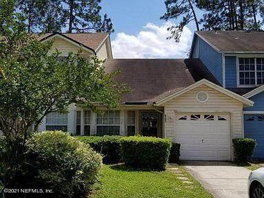 8202 Dunbarton Ct, Jacksonville, FL 32244 (MLS #1114027) :: Crest Realty