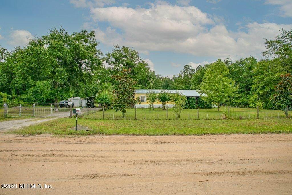 2345 Geranium Ave - Photo 1
