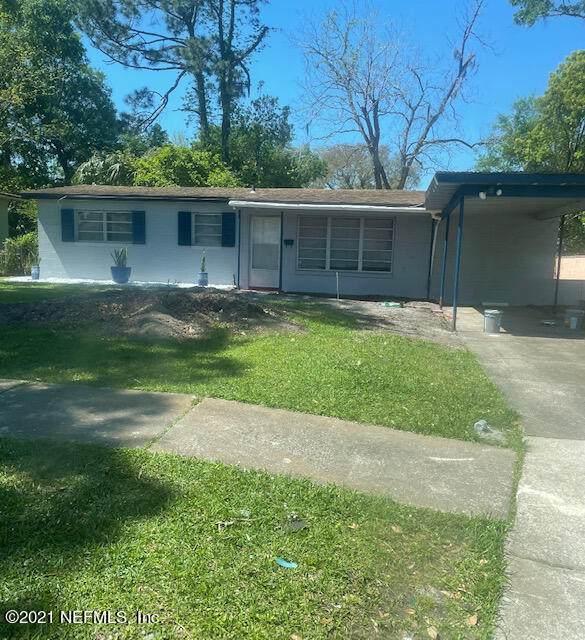 3111 Seine Dr, Jacksonville, FL 32208 (MLS #1114765) :: The Huffaker Group