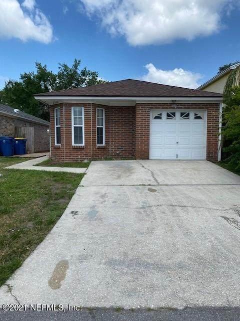 2538 Defender Ct, Jacksonville, FL 32233 (MLS #1115117) :: EXIT Real Estate Gallery