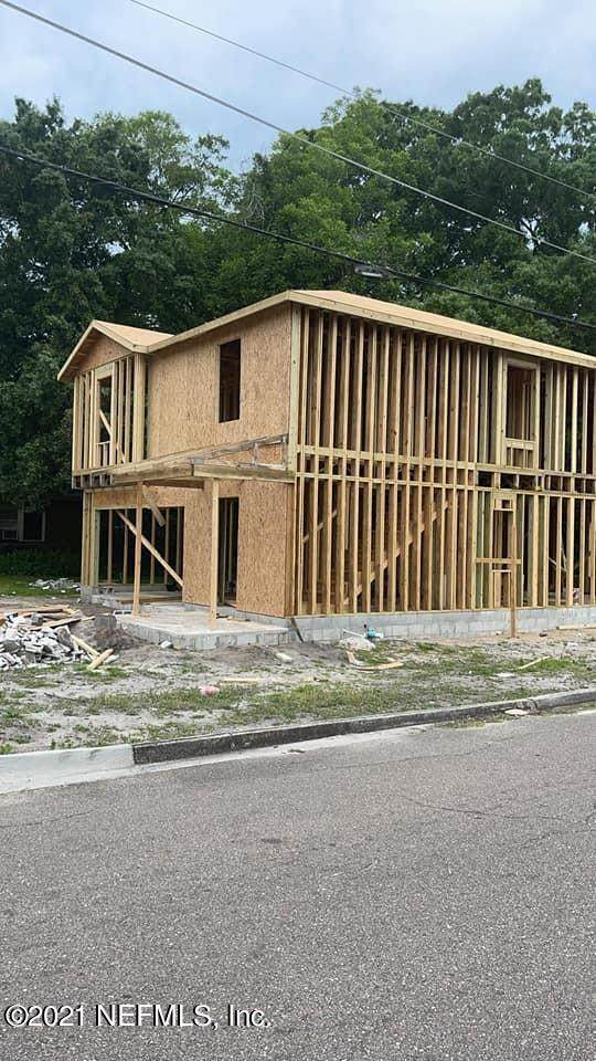 1471 W 22ND St, Jacksonville, FL 32209 (MLS #1115693) :: The Collective at Momentum Realty