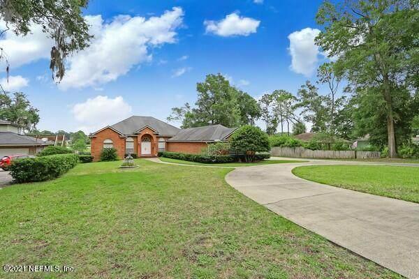 6275 Kellow Dr, Jacksonville, FL 32216 (MLS #1117932) :: The Volen Group, Keller Williams Luxury International