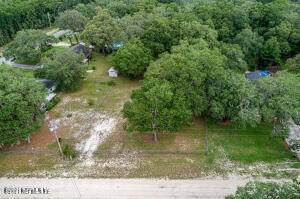 8668 Oakview Rd, Melrose, FL 32666 (MLS #1119195) :: The Impact Group with Momentum Realty