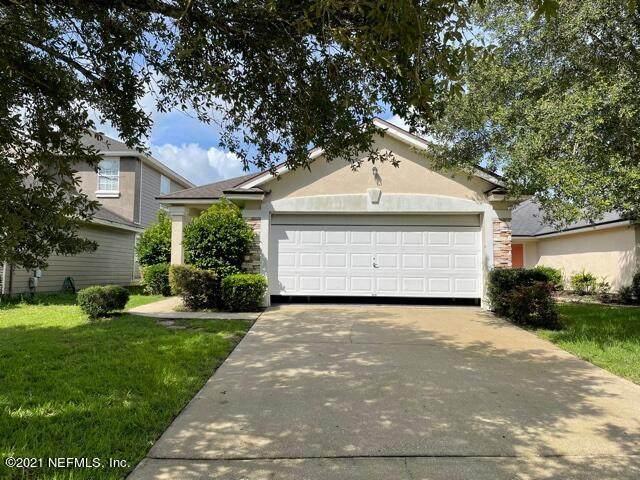 3906 Pebble Brooke Cir S, Orange Park, FL 32065 (MLS #1119907) :: The Volen Group, Keller Williams Luxury International