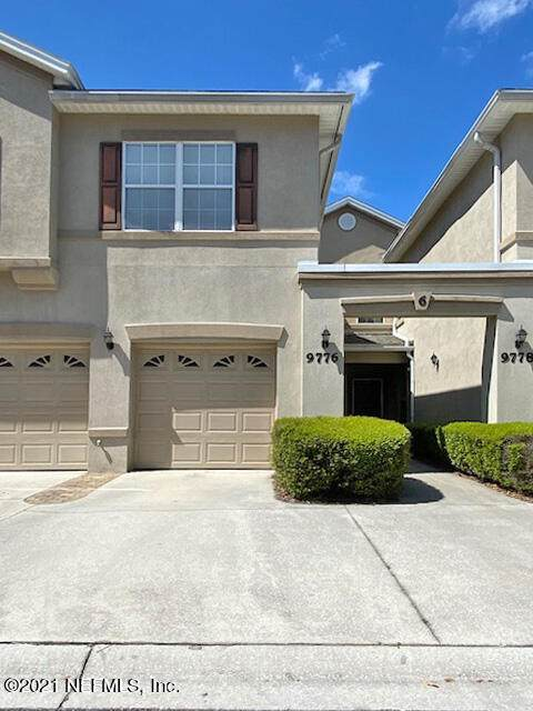 9776 W Summer Grove Way #101, Jacksonville, FL 32257 (MLS #1122103) :: The Huffaker Group