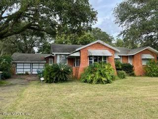 318 Trout River Dr, Jacksonville, FL 32208 (MLS #1123494) :: Century 21 St Augustine Properties