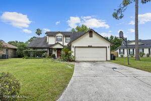 8820 Bandera Cir S, Jacksonville, FL 32244 (MLS #1123656) :: Century 21 St Augustine Properties