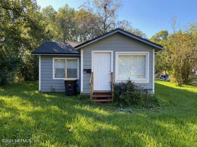 1042 Woodstock Ave, Jacksonville, FL 32254 (MLS #1126226) :: The Collective at Momentum Realty