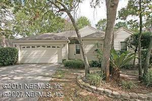 8009 Loch Lomond Ln, Jacksonville, FL 32244 (MLS #1126655) :: 97Park