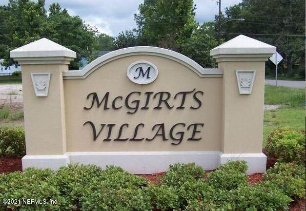 8406 Mcgirts Village Ln, Jacksonville, FL 32210 (MLS #1128736) :: The Randy Martin Team | Compass Florida LLC