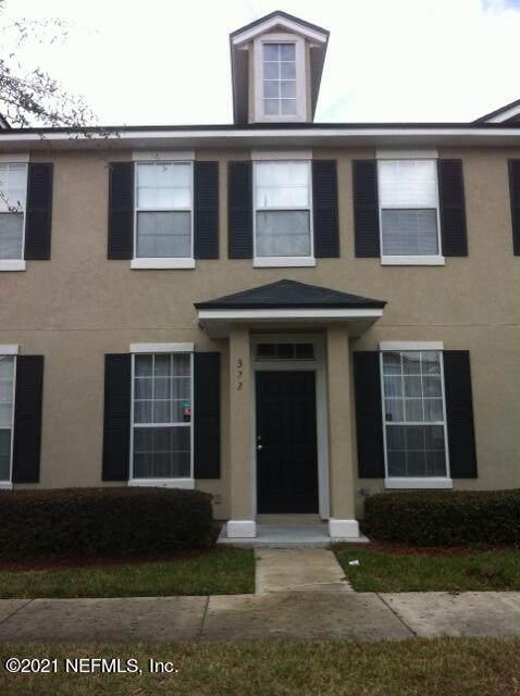 322 Pecan Grove Dr, Orange Park, FL 32073 (MLS #1132355) :: The Cotton Team 904