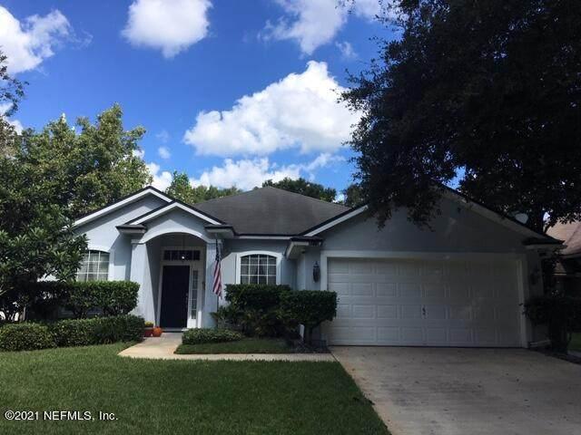 4712 E Catbrier Ct, Jacksonville, FL 32259 (MLS #1133424) :: The Hanley Home Team