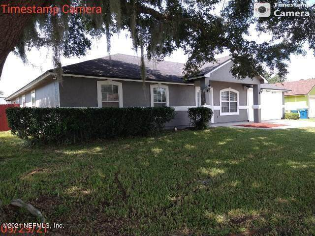 10888 Lydia Estates Dr, Jacksonville, FL 32218 (MLS #1134534) :: The Perfect Place Team