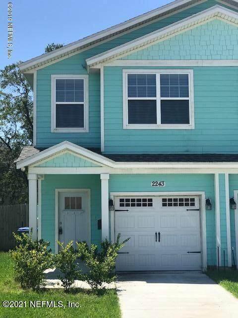 2243 Pine Pl, Neptune Beach, FL 32266 (MLS #1135794) :: The Huffaker Group