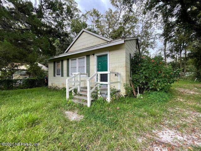3132 2ND ST Cir, Jacksonville, FL 32254 (MLS #1137236) :: EXIT 1 Stop Realty